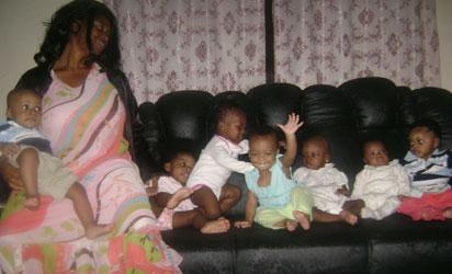 http://4.bp.blogspot.com/-_AfMmHR2Ce8/Tf3Qgdkg4TI/AAAAAAAAD4U/Mp_WXyD8JPA/s1600/Mother-of-Miracle-babies1.jpg