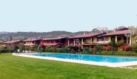 Casa vacanze sul lago di garda nel for Case vacanze sul lago di garda