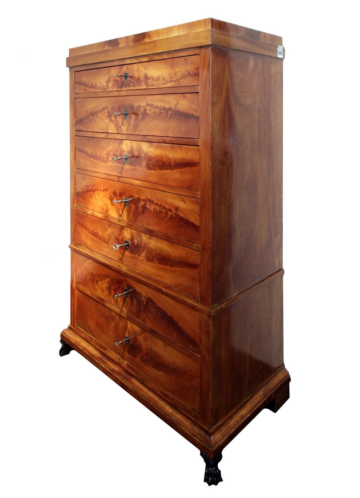 Antiquitäten Und Antik Möbel