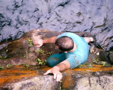 Roteiro 12 - Canyoning e Escalada do Rio das Pedras