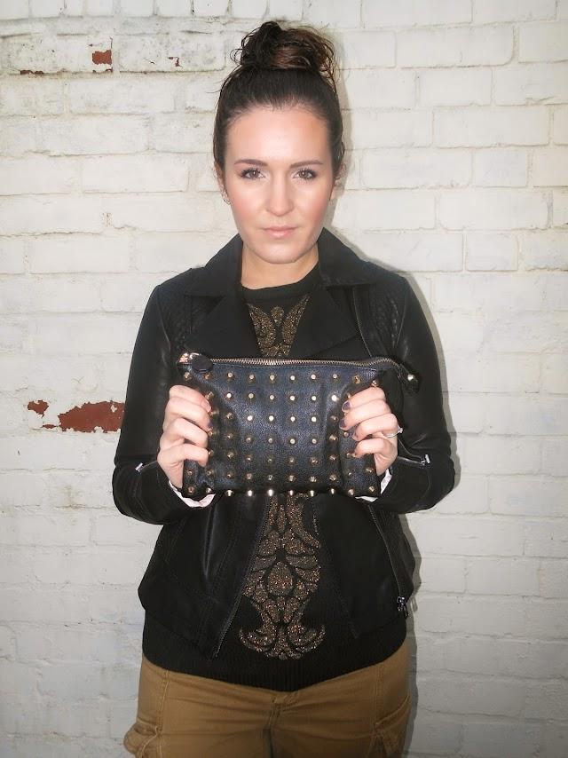 Fashion Blogger Republic Baroque Oasis Jacket Zara Studded Clutch
