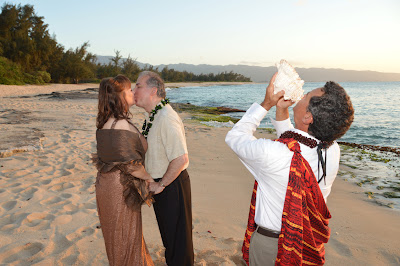 Hawaiian Wedding Kiss