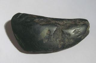Intermezzo : kapak batu genggam purba - terjual
