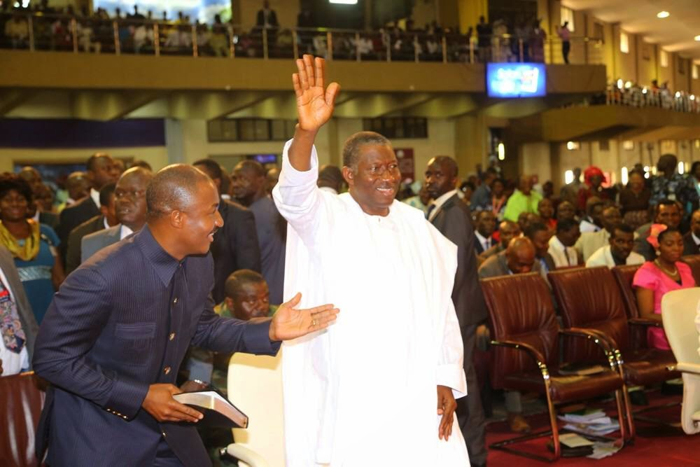 President Jonathan worships with Bishop Oyedepo at Winners Chapel
