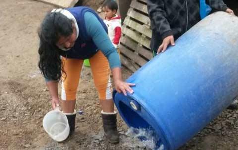en-lima-peru-los-pobres-pagan-el-agua-diez-veces-mas-cara