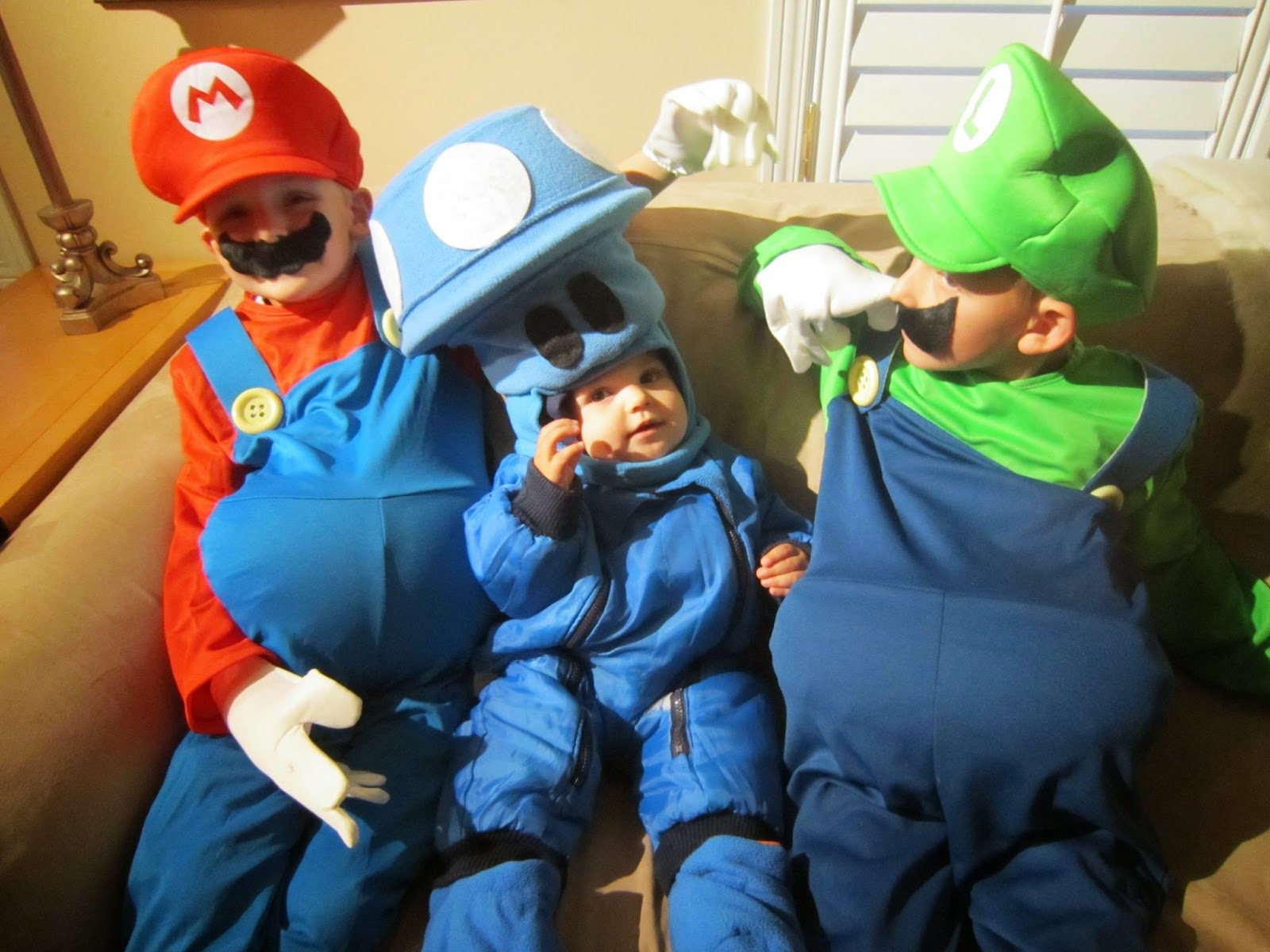Mario Brothers Halloween costumes, kids costumes, Mario, Luigi, mushroom, homemade costume, Halloween