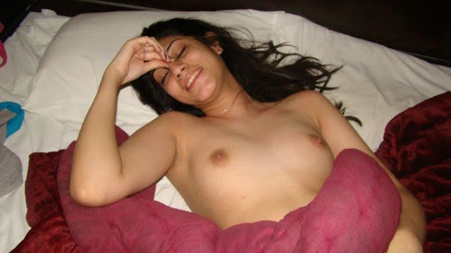 Naked Pics Of Sleeping Girl Exposed indianudesi.com