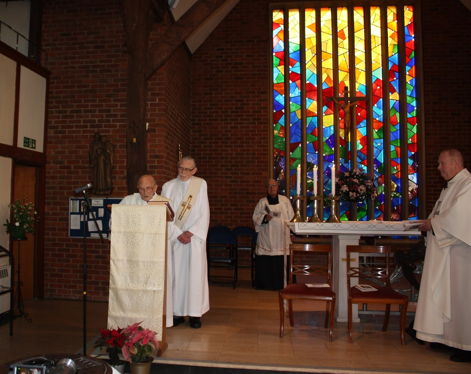 Deacon Ted Proclaims the Gospel aged 100 years