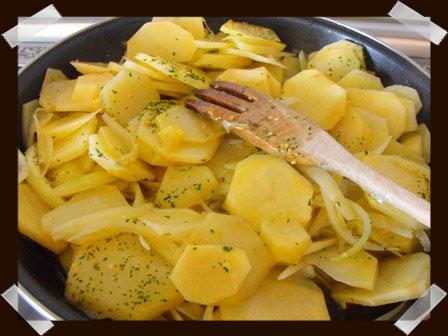 De cocinetas patatas a lo pobre for Cocinar patatas a lo pobre