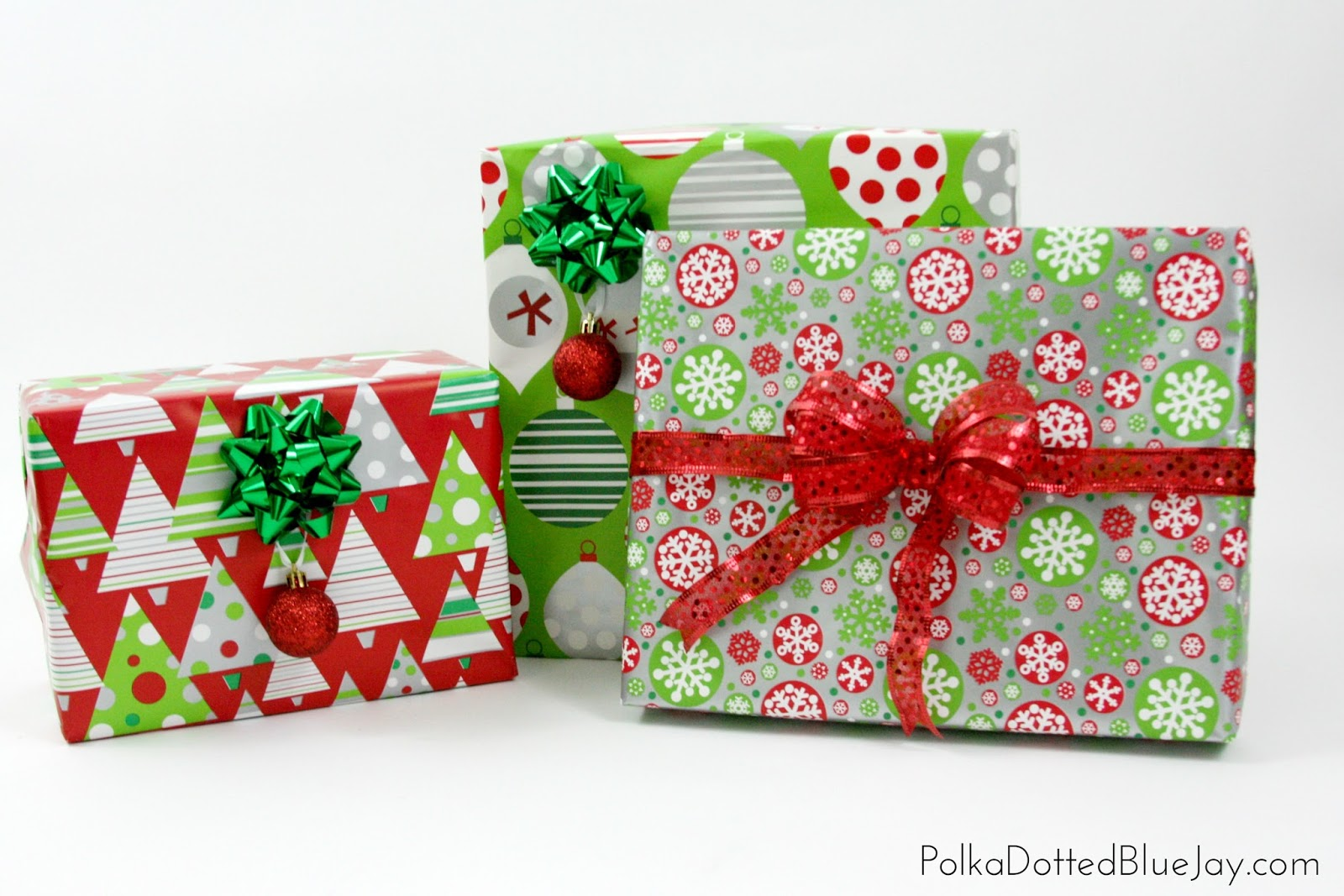 How To Wrap Beautiful Christmas Presents - Polka Dotted Blue Jay