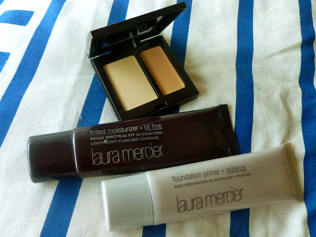 Secret Camouflage, Oil Free Tinted Moisturiser, Foundation Primer in Radiace.