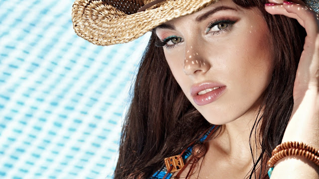 Hot Girl With Hat HD Wallpaper
