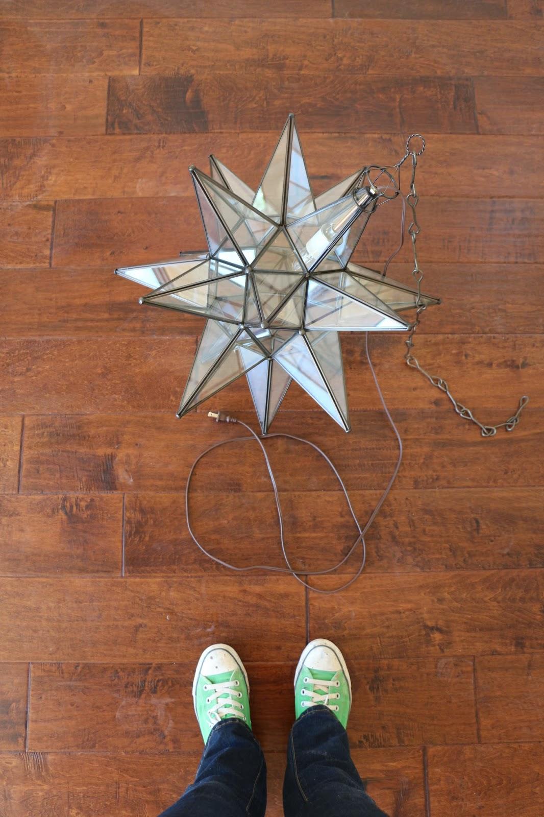 mexican star light, hanging star light, moravian star light