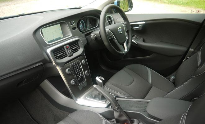 Volvo V40 D4 interior