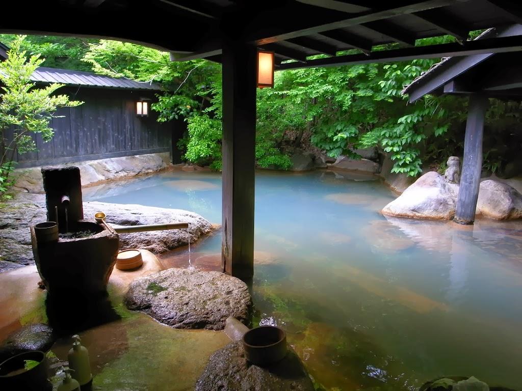 Baños Japoneses Tradicionales:Uno de los sitios con mayor número de onsen, unos 40, es la