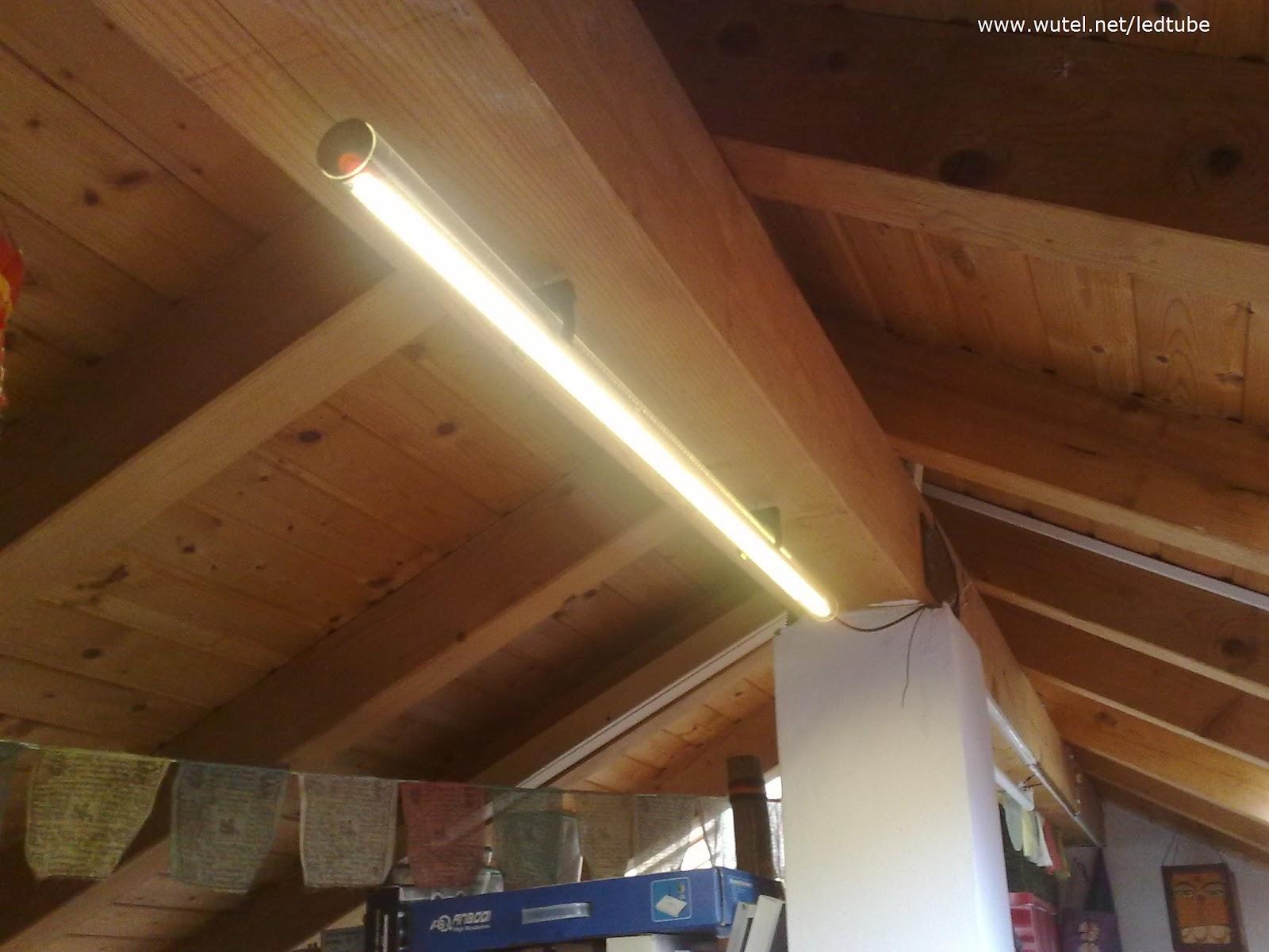 Soffitto Led : Casa privata-illuminazione con linee di luce a soffitto ...