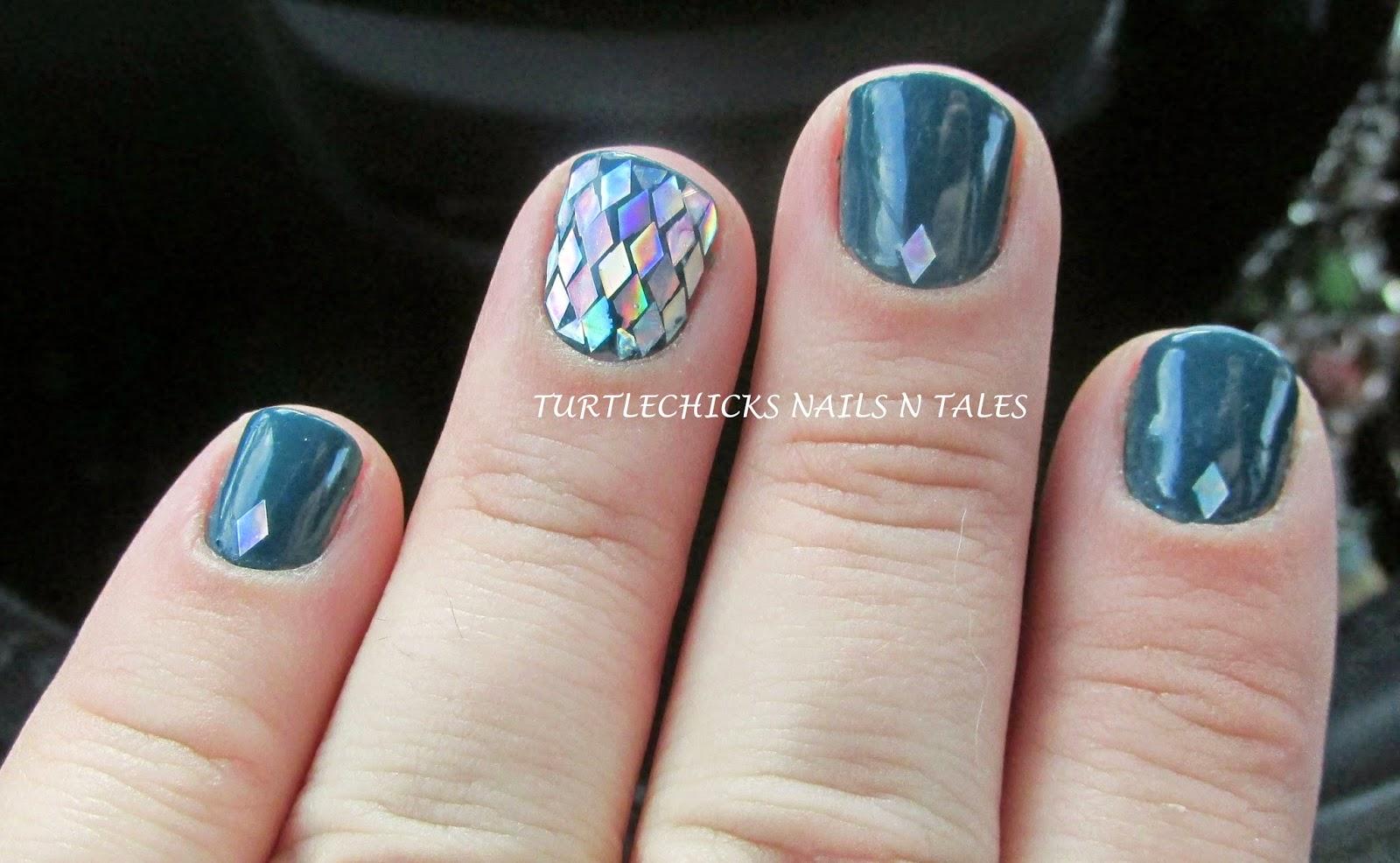 Turtlechick\'s Nails N Tales: Blue Crushin Diamonds