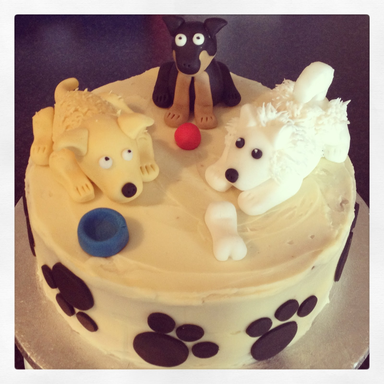 Fondant Dogs, Paw Prints