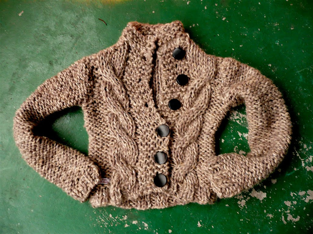 Knitting Pattern Baby Sweater Chunky Yarn : Chunky Baby Sweater - Bronze Cardigan