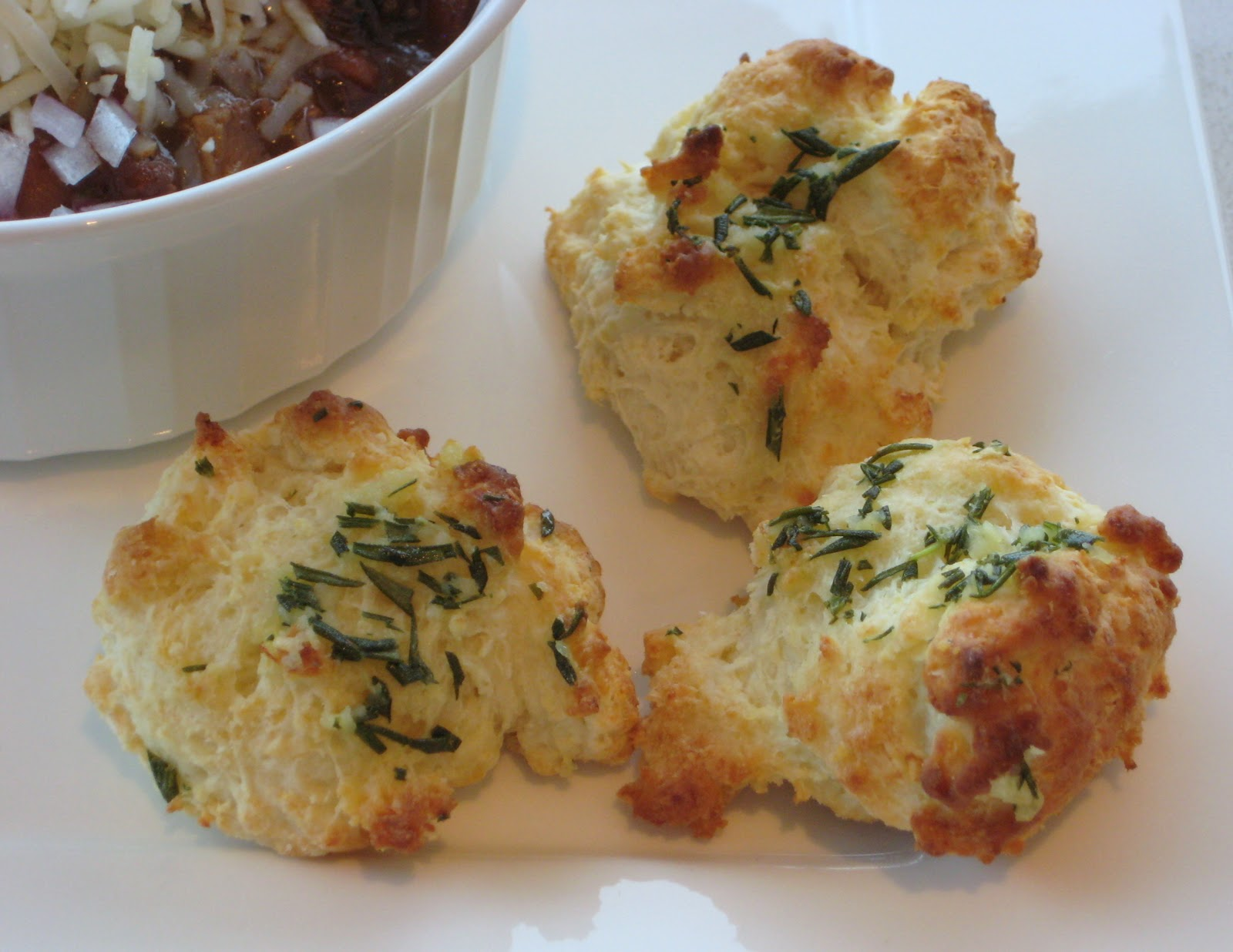 Lexi's Kitchen: ROSEMARY GARLIC PARMESAN BISCUITS