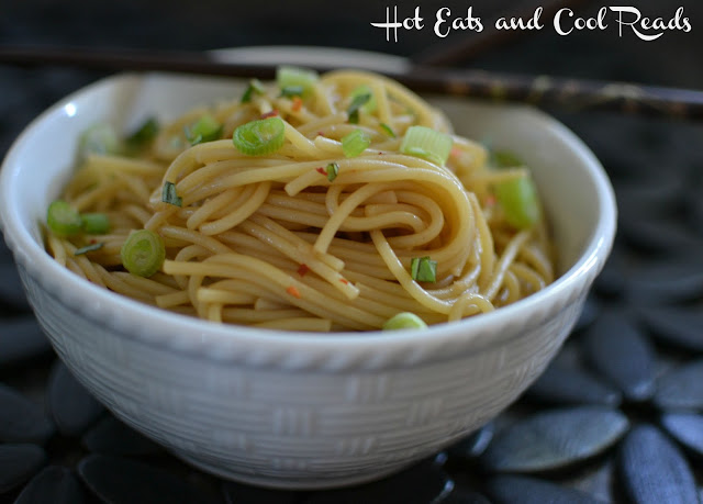 Simple and delicious Asian inspired side or meatless main dish! Perfect for busy weeknights! Spicy Garlic and Basil Sesame Noodles Recipe from Hot Eats and Cool Reads