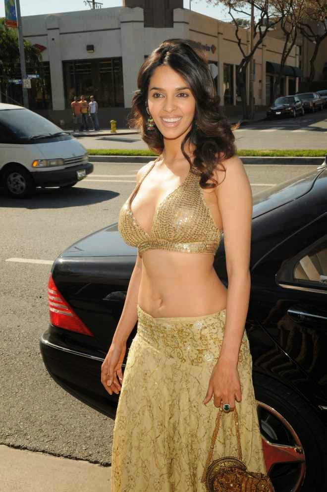 Mallika Sherawat Flaunting Massive Cleavage and Navel HD Wallpapers