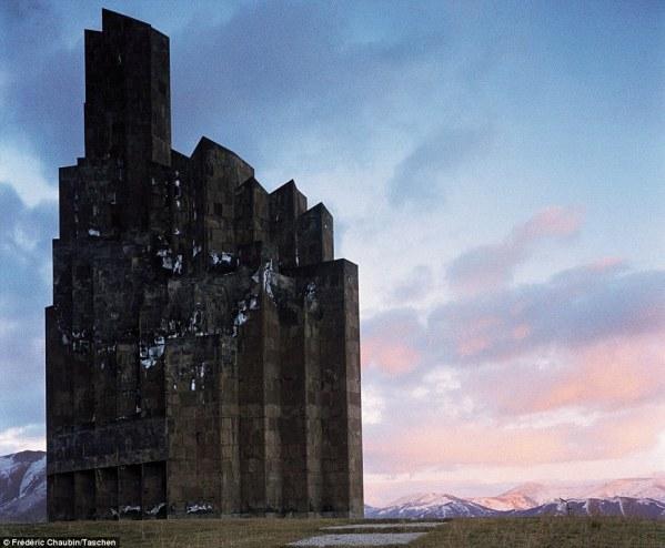 10 Gedung Paling Unik Yang Tiada Tandingannya di Dunia