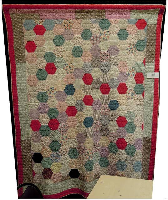Quilt Inspiration: Vintage Hexagon Quilts : how to quilt a hexagon quilt - Adamdwight.com