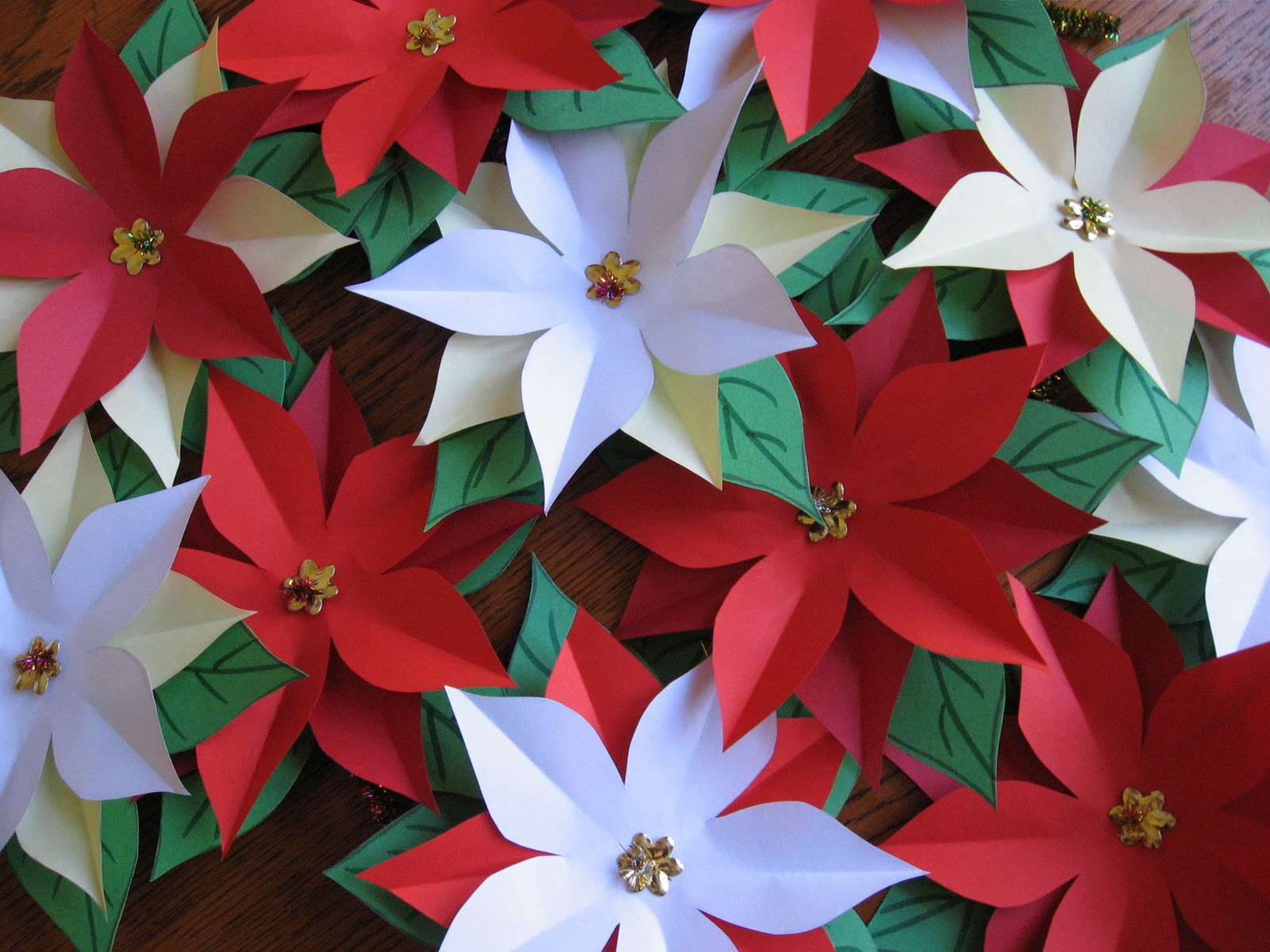 Fifi colston creative pretty paper poinsettias paper poinsettias mightylinksfo