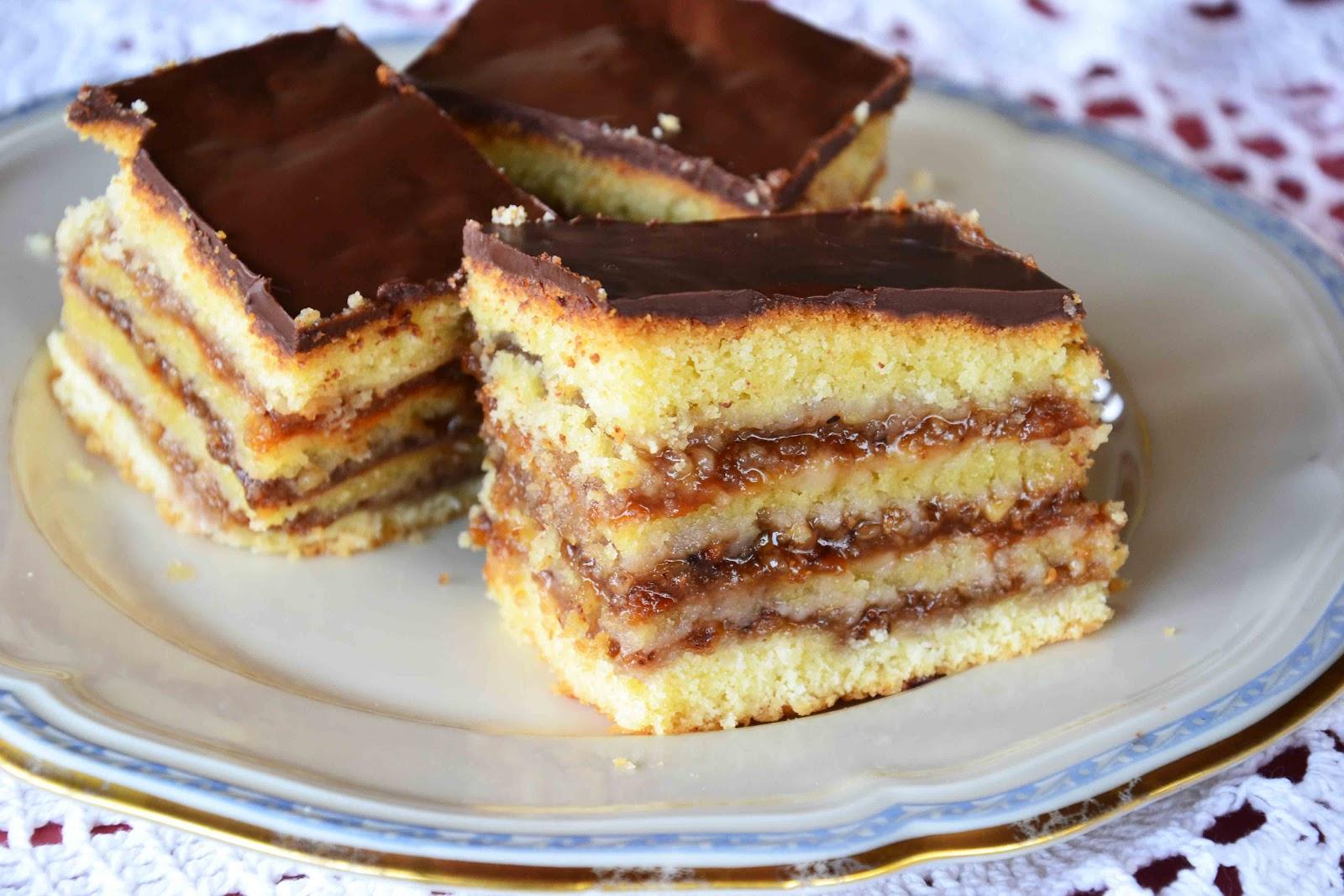Hungarian Zserbo Cake Recipe