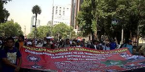 Protesta de la CNTE genera caos. Pero su lucha contra el caciquismo de Gordillo es justa.