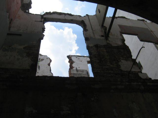 Fotos desde cuba edificio de la calle prado en la habana for Calle prado camacho 8
