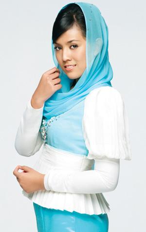 Gambar Shila Amzah Sebagai Duta Safi Balqis Perfect 10