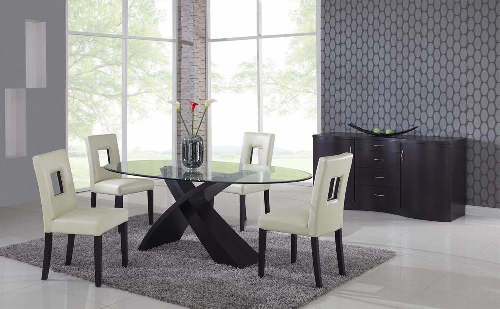 Dise o y decoraci n de la casa la mesa oval en el comedor for Mesas comedor diseno moderno