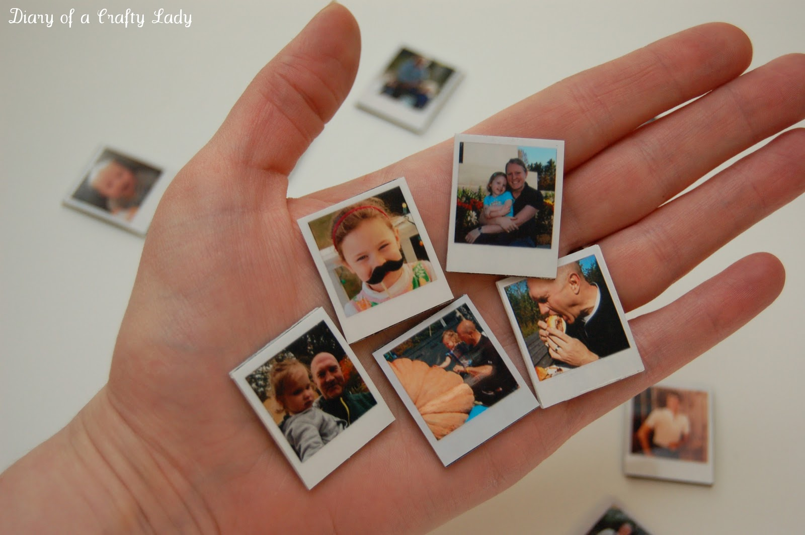 Diary of a crafty lady mini polaroid magnets for Diy pictures