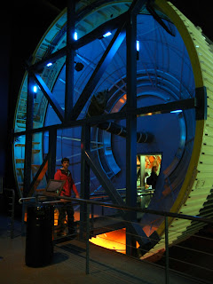 Going inside a spaceship at the Houston Space Center