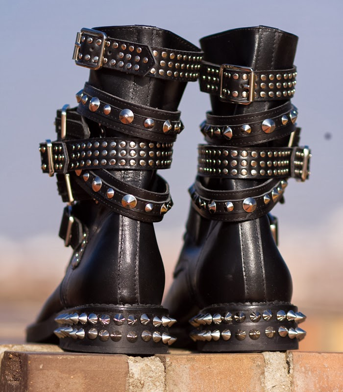 Saint Laurent Low Cost Option Spiked Boots