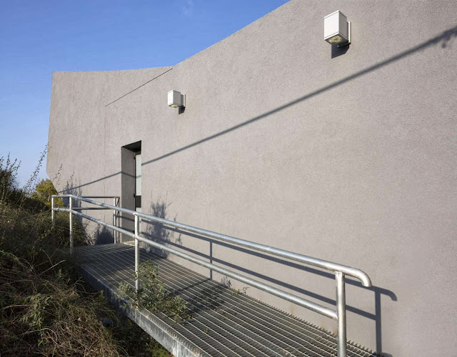 07-Nesher-Yad-Lebanim-by-So-Architecture