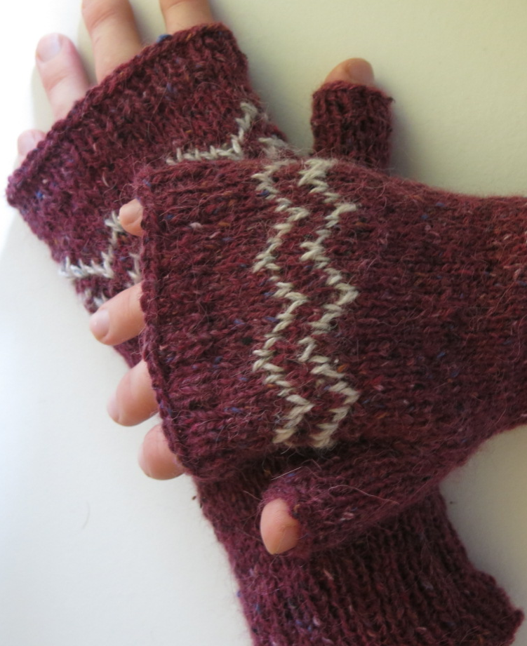 colourwork colorwork mitts mittens gloves knitting pattern zigzag