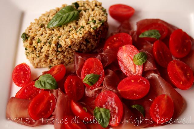 soia gialla, bresaola, pomodori