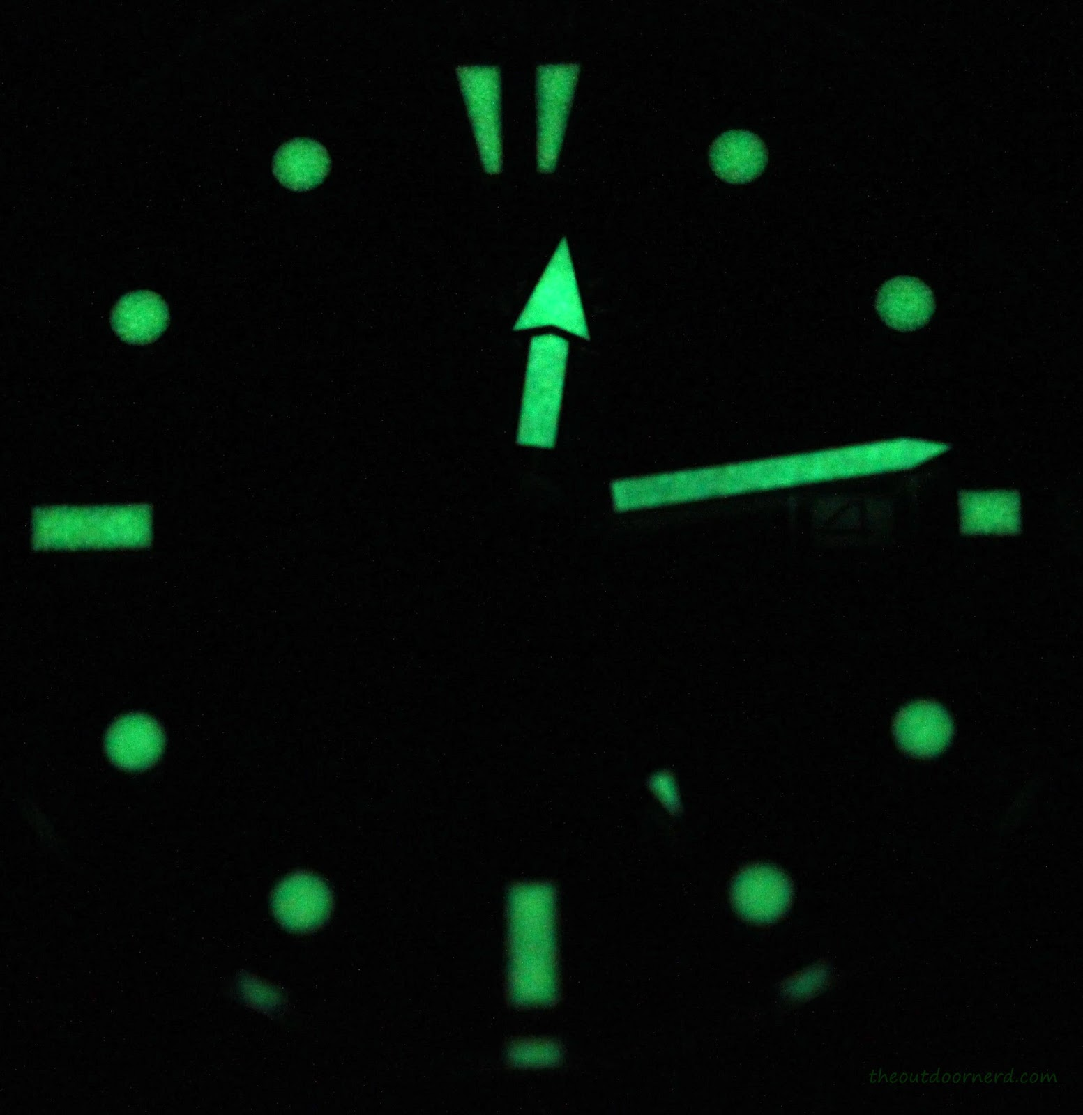 Casio MDV106-1A Diver's Watch: Glow in the Dark