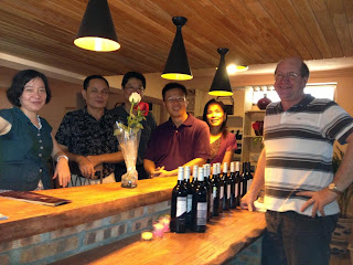 Graeme Shaw wine tasting in the new shop