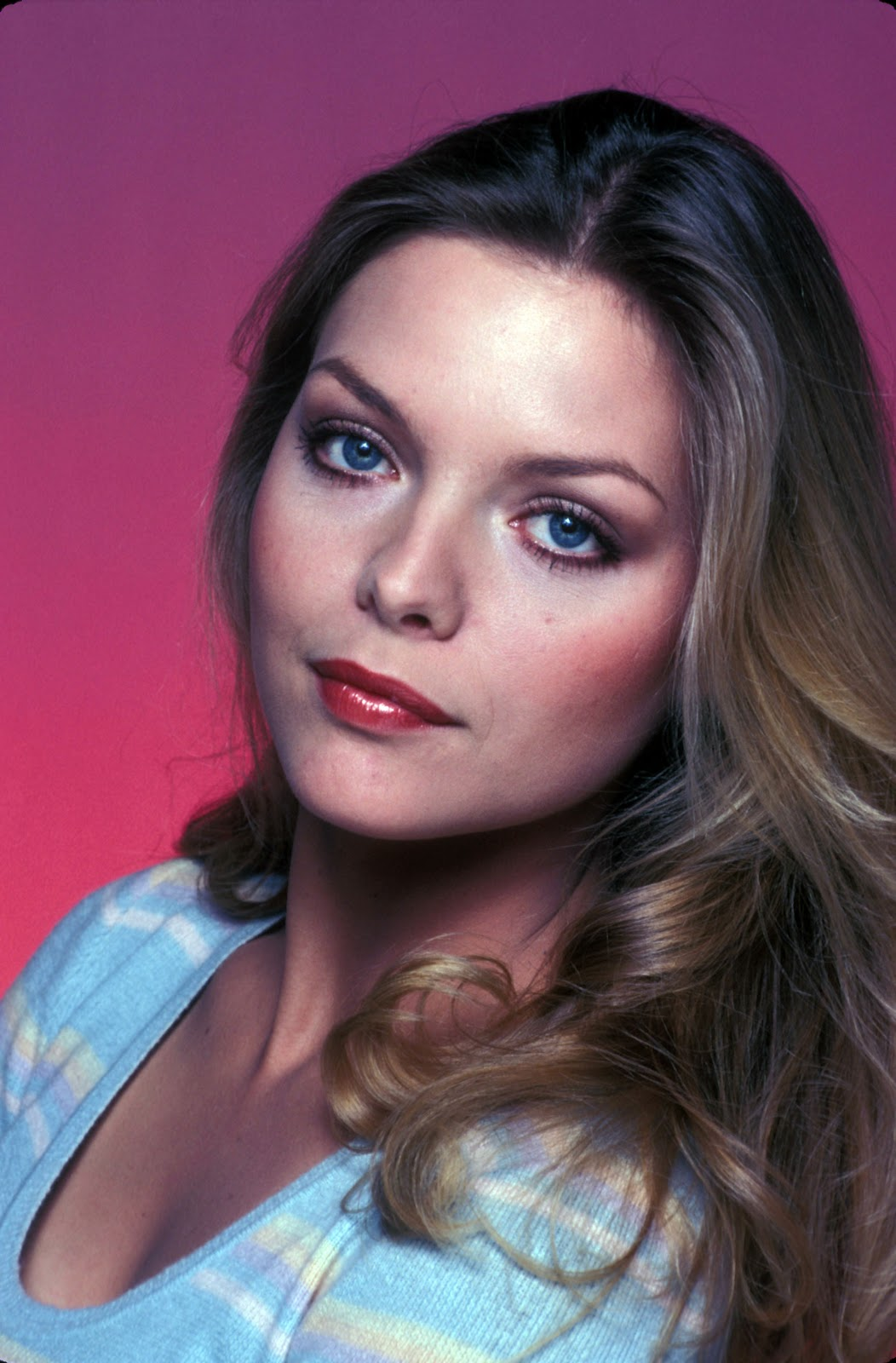Michelle Pfeiffer As Young Woman 8