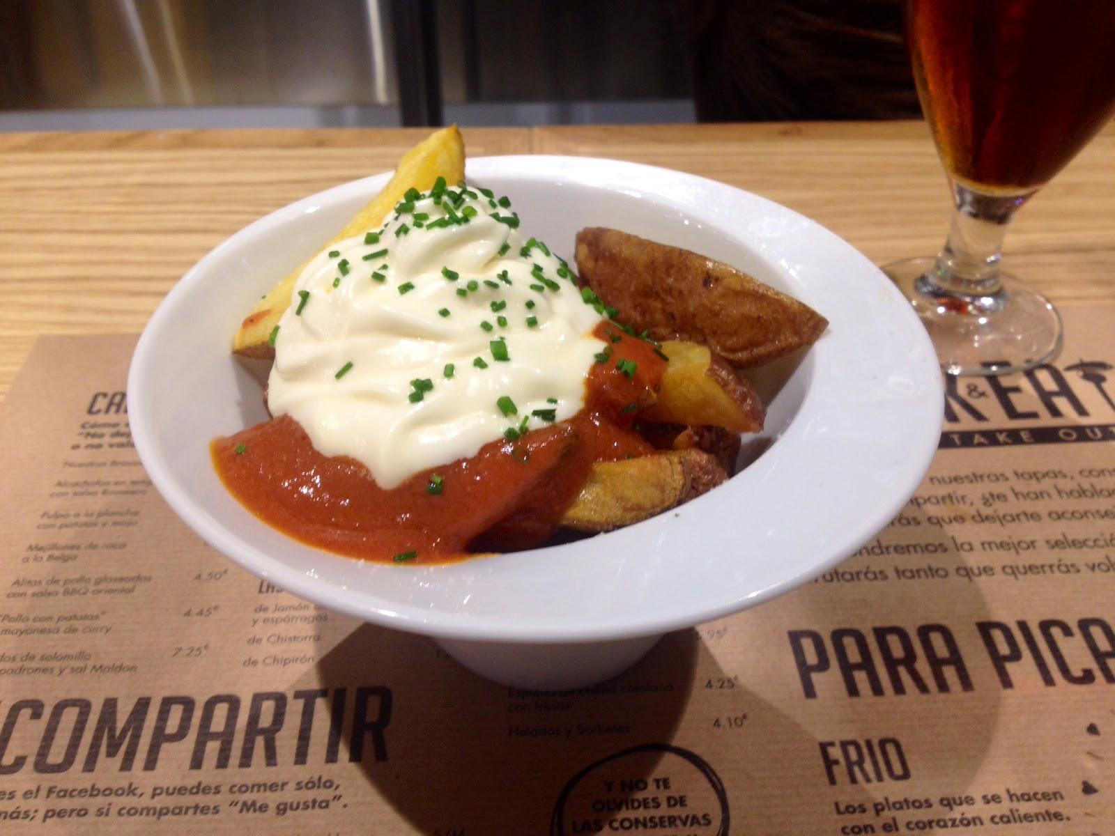patatas bravas drink and eat