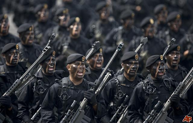 Berikut adalah foto-foto pasukan elite dari berbagai belahan dunia