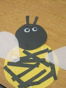 http://www.teachpreschool.org/2010/09/we-made-bumblebees-in-preschool/