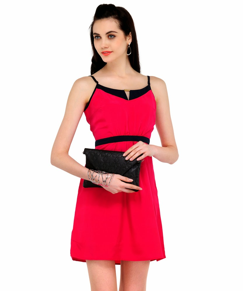 Flat 40% off on girls dress