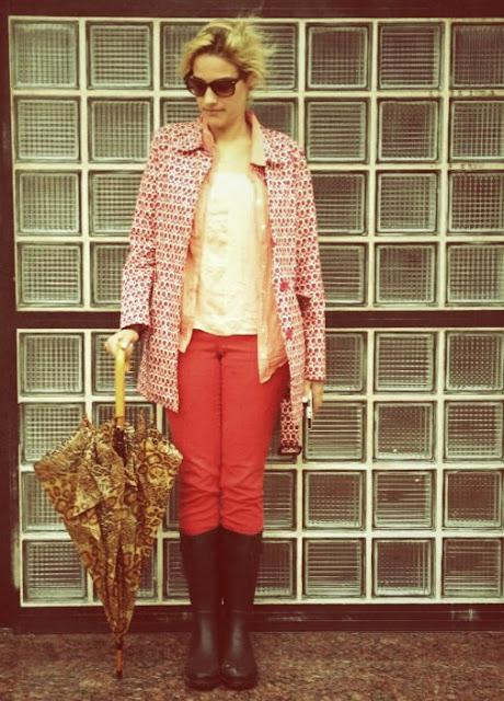 rainboots-marc-jacobs-girl-rubia-mala-animalprint-coat-fashion