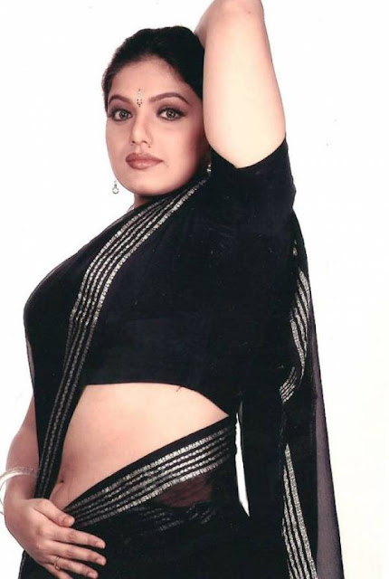 bollywood images masala aunty showing blouse without saree
