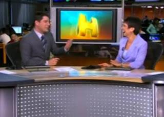 Evaristo Costa faz piada com mamão com Sandra Annenberg